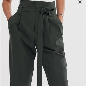 Tailored tie waist tapered ankle pants
